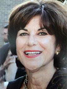 Leslie Newman headshot